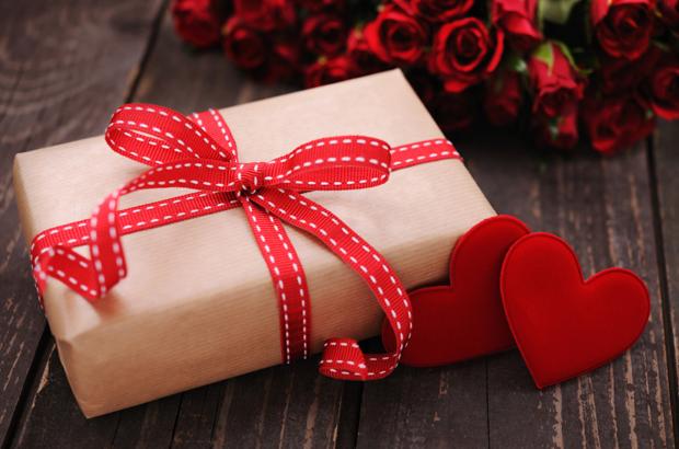 Что подарить девушке на день влюбленных своими руками