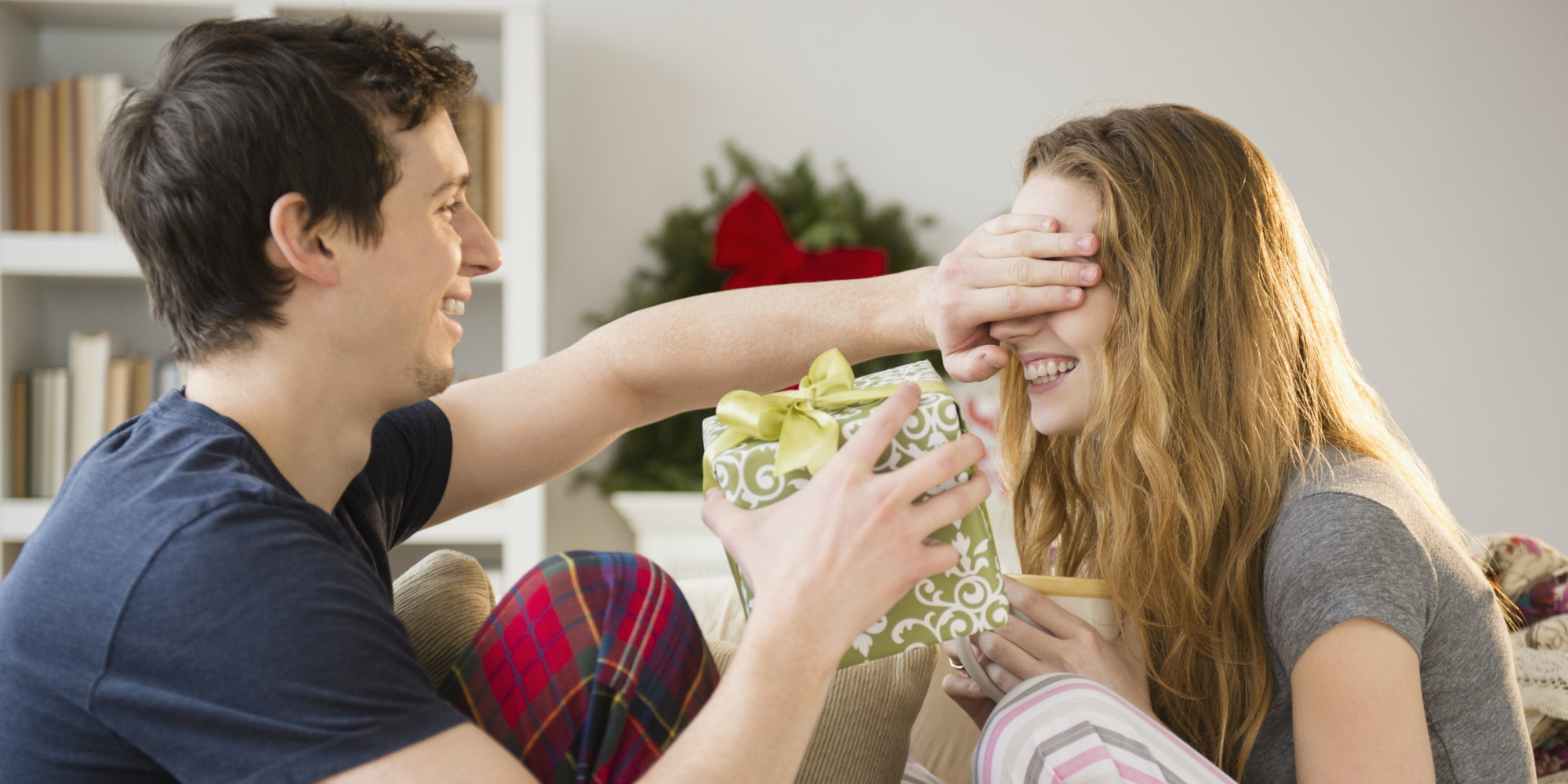 Подарок и поздравления с точки зрения женщины